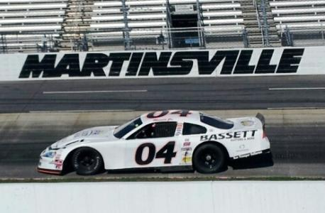 - thumbnail.php?file=Martinsville_Photo_261537783